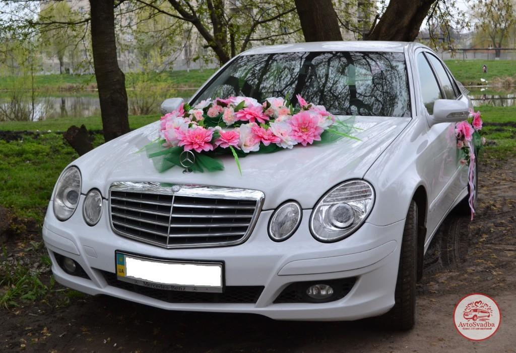 Фото машина свадьба